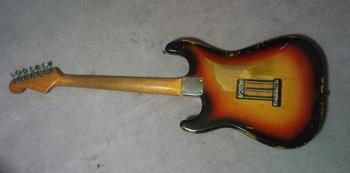 65strato-back-2.JPG
