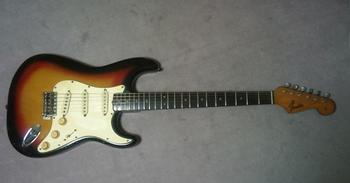 65strato-front-2.JPG